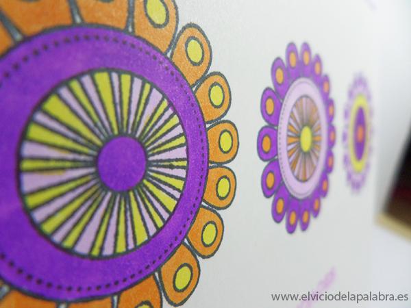 Tarjeta creativa realizada con el sello Doodlie-do de Papertrey Ink y rotuladores Spectrum Noir