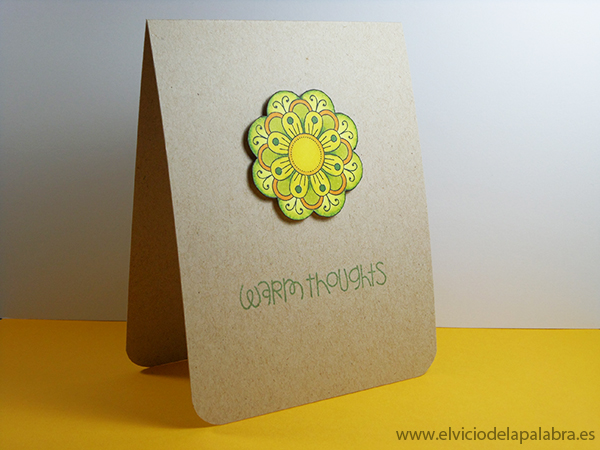 Tarjeta creativa vertical realizada con el sello Doodlie-do de Papertrey Ink