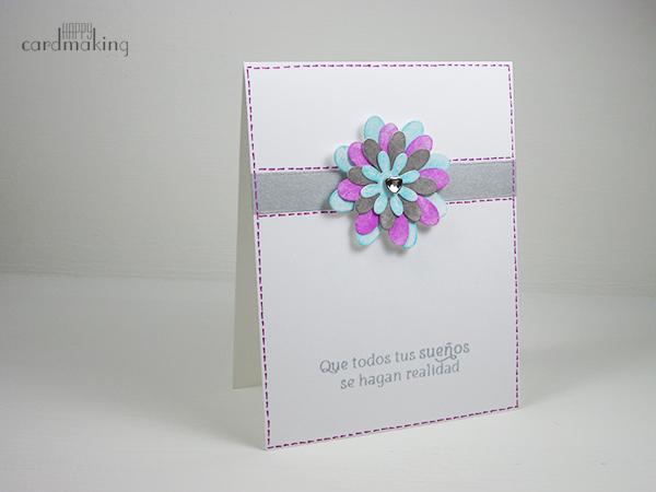 Tarjeta creativa con flores pintadas con gelatos