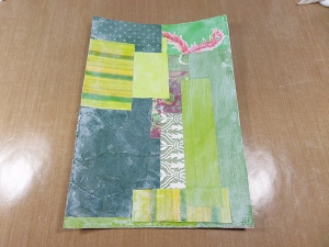 Página art journal en verde con texturas