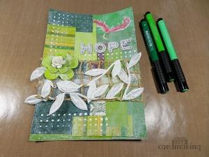 Página art journal en verde con texturas