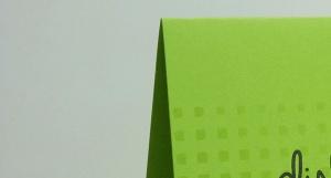Detalle de tarjeta simple tono sobre tono para Todo Stencil