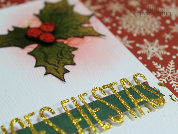 Tarjeta creativa navideña elaborada con sello de Tim Holtz y tintas Distress